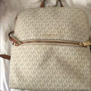 Michael Kors backpack in excellent shape